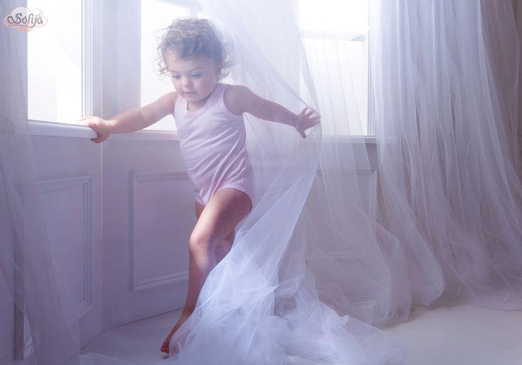 Najfajniej odkrywać świat w bawełnianych bodach :)   #sofija #bawełna #antyalergiczne #ubranka #dziecko #kids #baby #kidsfashion #kinder #kindermode #ребенок #мода #enfant #mode #producer