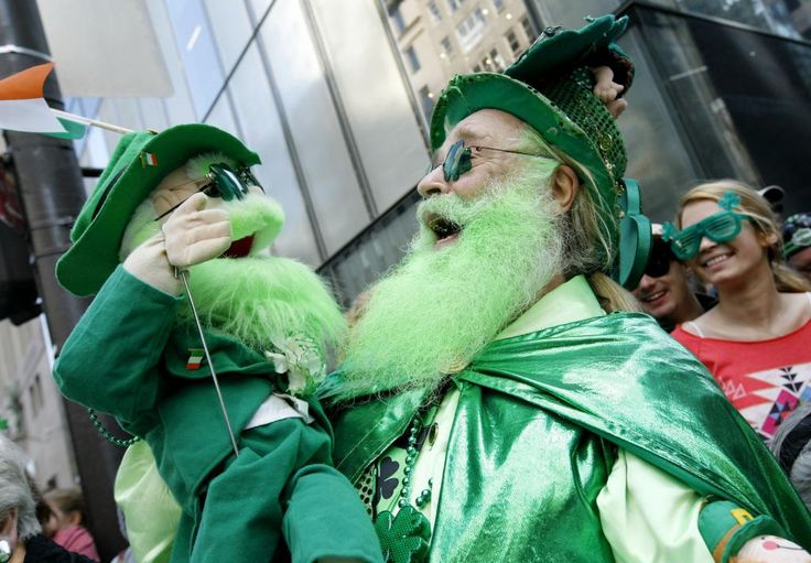 St. Patrick's Day in New York    More in http://visitarnovayork.com/dia-de-sao-patricio-em-nova-york/