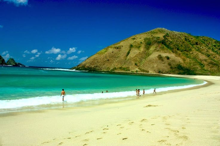 Hayati Blogs: Pantai Kuta Lombok