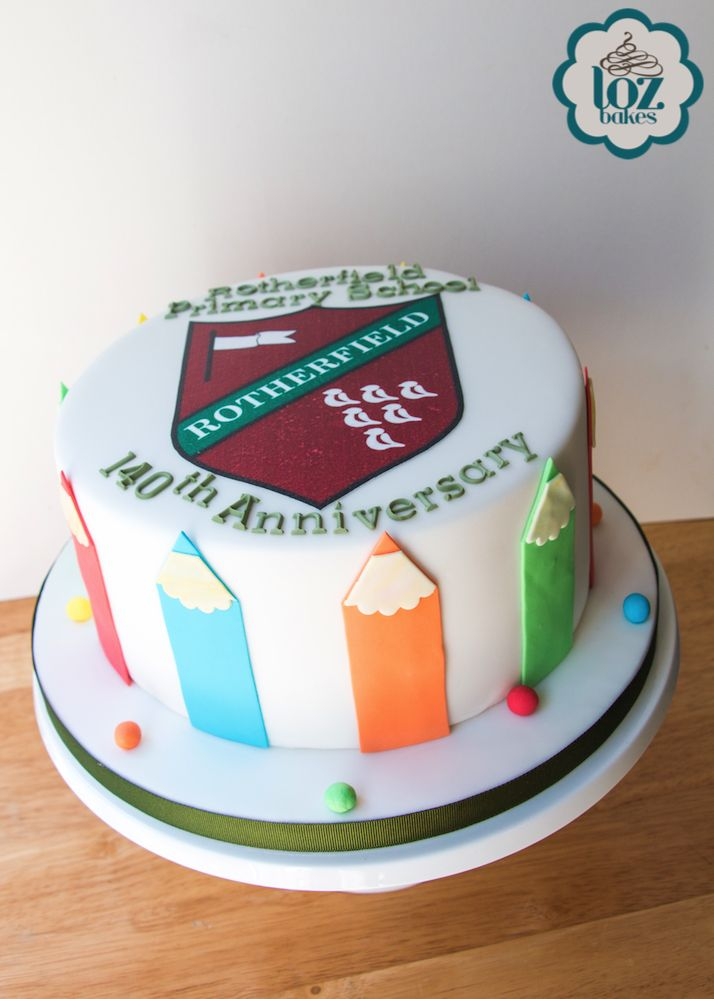 Really enjoyed making this cake for Rotherfield Primary School yesterday. Glad you all had a great week celebrating! 😀