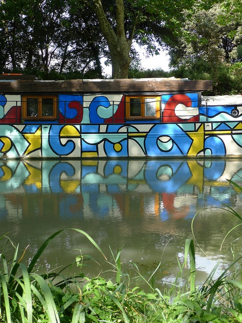 Colorful canal boat - Canal du Midi