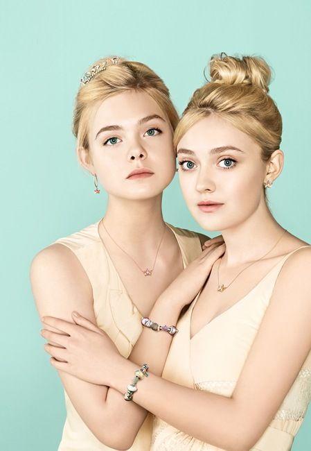 Dakota & Elle Fanning -J.ESTINA