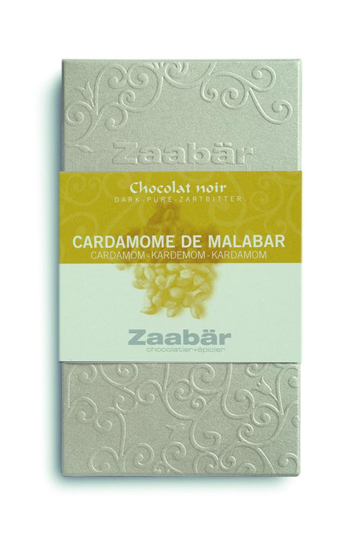 Zaabär experimenteert graag met bijzondere combinaties, zo ook deze met Karmemom, bekend om haar krachtige geur met citroenachtige smaak. Dat gecombineerd met pure chocolade .....  http://www.bommelsconserven.nl/delicatessen/chocolade_online_bestellen/zaabr_chocolade_online_bestellen_bij_bommels_conserven/zaabar_chocolade_duo_online_kopen_bij_bommels_conserven/zaabar_chocolade_met_kardemom_uit_malabar_online_kopen_bommels_conserven.html?p=1