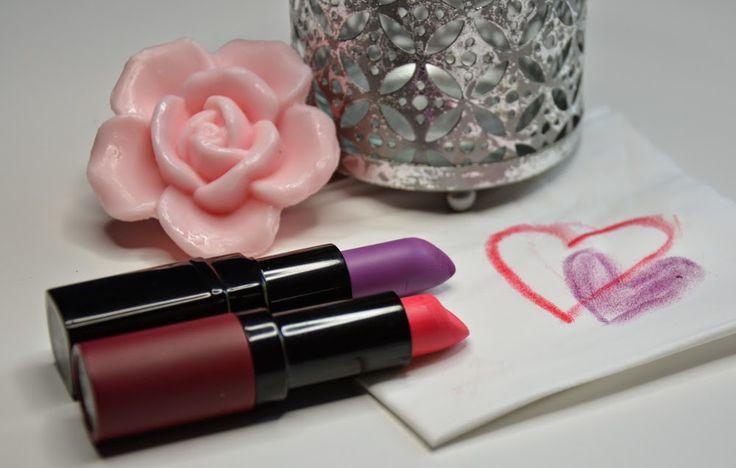Matowe szminki – za co je uwielbiam?