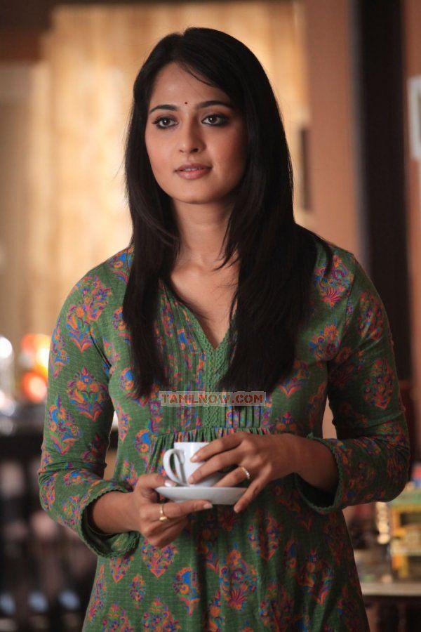 Anushka Shetty in Thandavam | Veethi