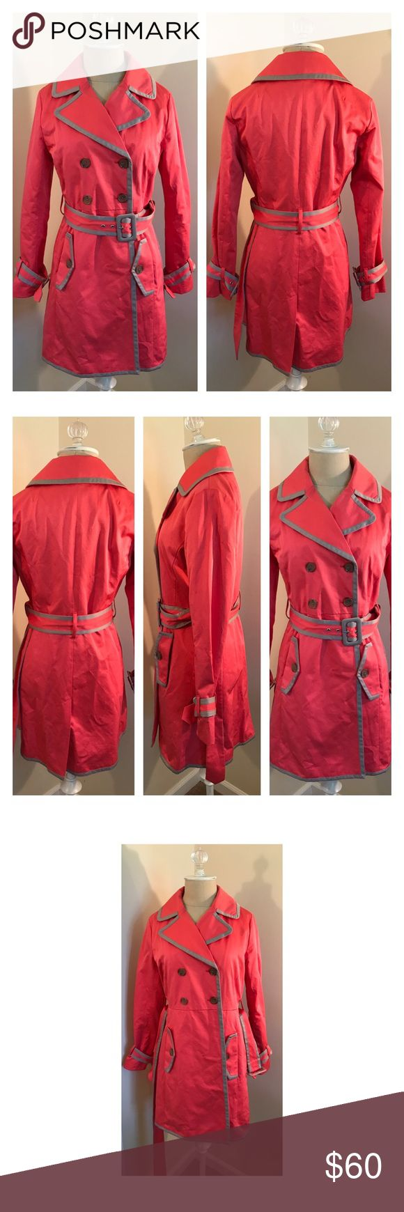 Banana Republic coral & taupe trench coat XS Banana Republic coral & taupe trench coat XS. Removable belt and wrist buckles. Lined. Like new. Banana Republic Jackets & Coats Trench Coats