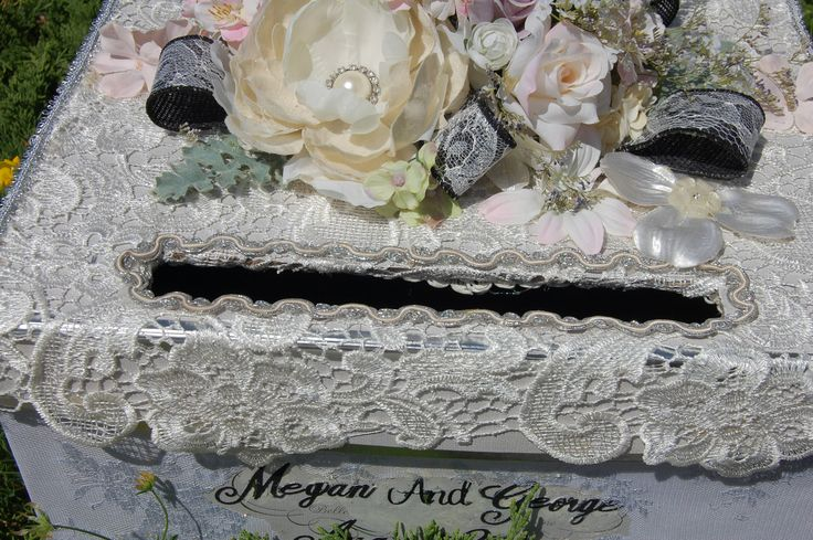 This box can hold 130 cards easily!   Ivory lace with subtle silk flowers of lavender, pink and ivory.