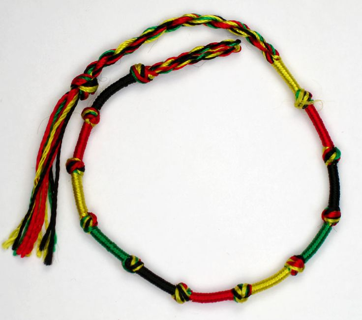 how to make a friendship bracelet with 3 strings