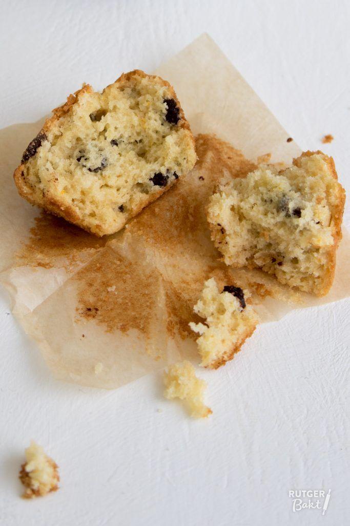 Muffins met sinaasappel en chocoladestukjes