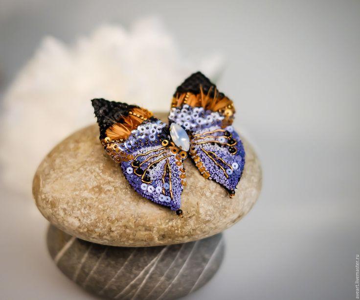 Купить Bellona - синий, бабочка, мотылек, эксклюзивная вышивка, брошь-бабочка, брошь-мотылек