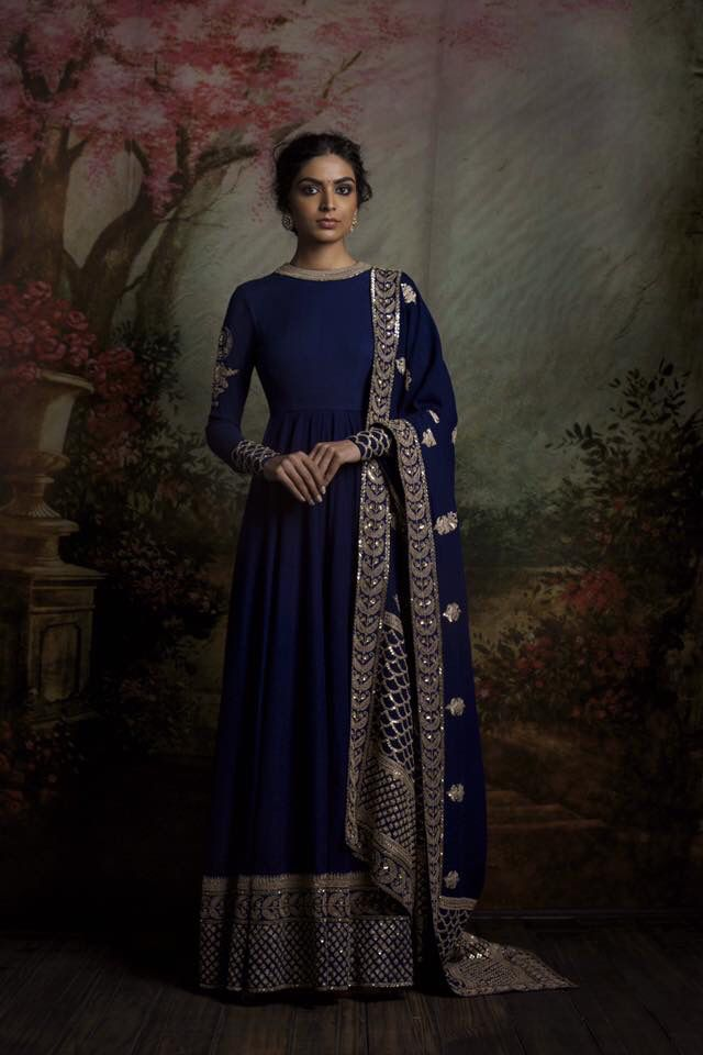 By designer Sabyasachi Mukherjee. Shop for your wedding trousseau, with a personal shopper & stylist in India