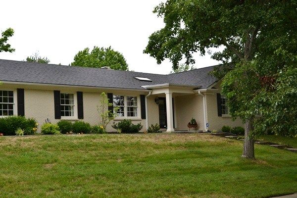 1000 ideas about brick ranch houses on pinterest brick for Brick ranch house