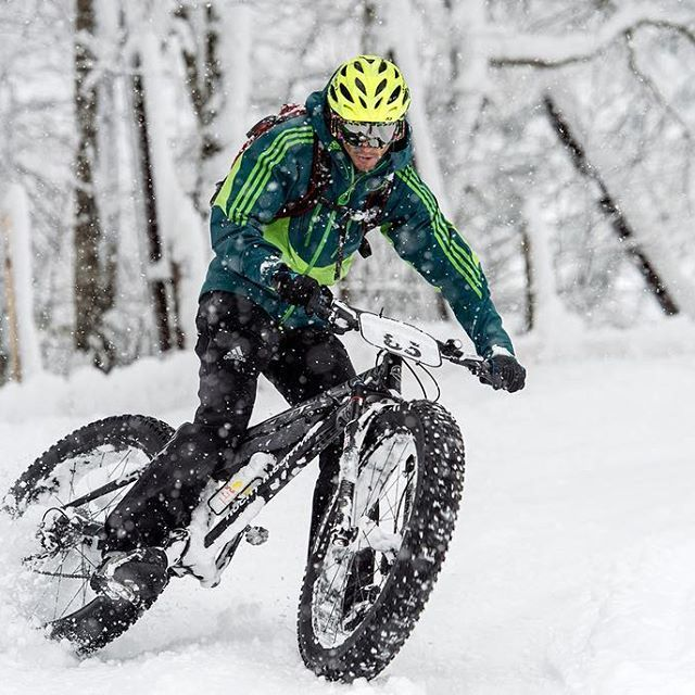 You'll enjoy winter more if you have fatbike! ✌️#fatbike #sport #bicycle #winter #snow