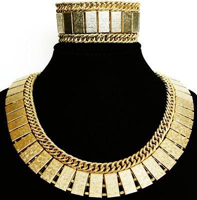 6bf85c86825 Egyptian Costume Jewellery & Gold Tone Egyptian Painted Enamel ...