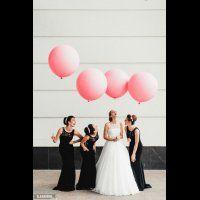 Подружки невесты в черных платьях