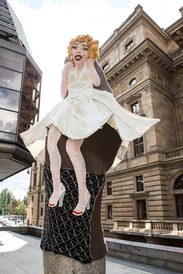 Knitted Marilyn Monroe, Prague