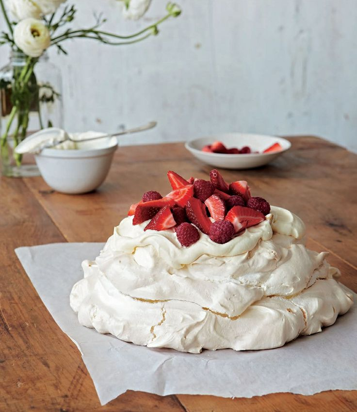 Pavlova recipe by Margaret Fulton | Cooked