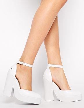 Aumentar Zapatos de tacón con tira al tobillo en blanco Pow de Windsor Smith