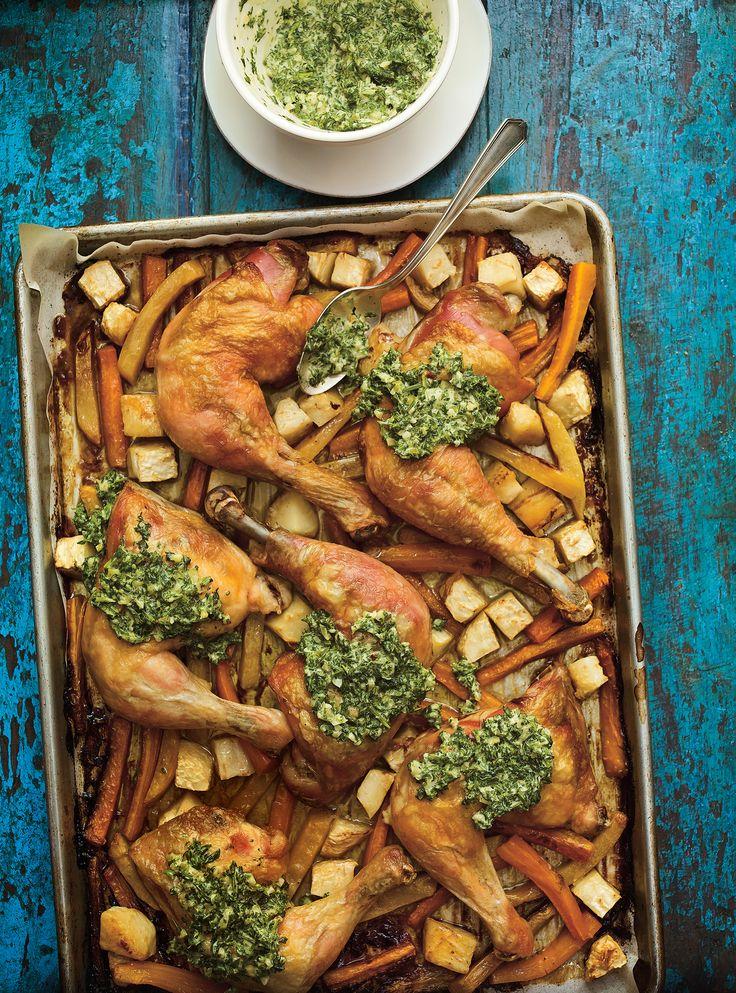 Recette de cuisses de poulet au jus de cornichons et sauce aux herbes de Ricardo
