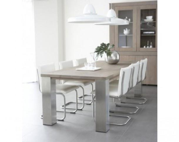 Mooie eiken robuuste tafel met rvs poten en moderne stoelen door ann1990 nice things - Oude tafel en moderne stoelen ...