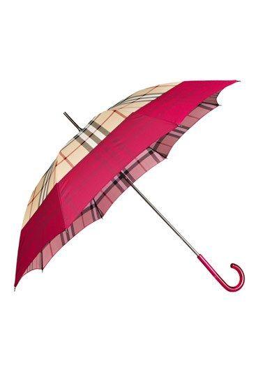 Burberry Regenschirm: April Showers Regenschirm Burberry - Mode in Pink: Accessoires  - Bis über die Haarspitzen gestylt, und das selbst bei trübem Sommerregen... Dieser Burberry-Regenschirm mit Schottenmuster garantiert dank rosa Borte und Griff auch an grauen Tagen gute Laune und einen coolen Style...