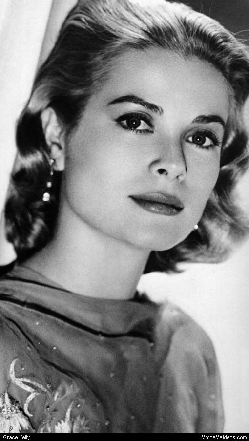 Grace Kelly was simply beautiful, even as she aged. (Grace Kelly Photo 1590, (5586) 510x903)