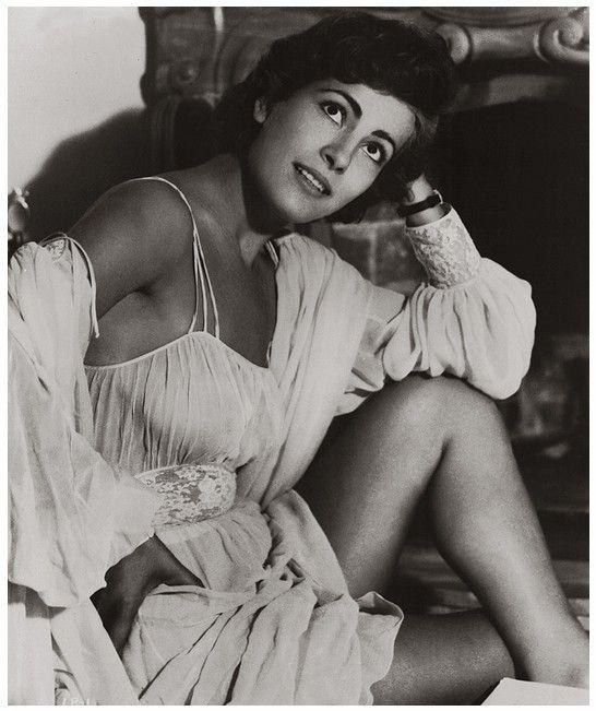 Irene Papas 1954