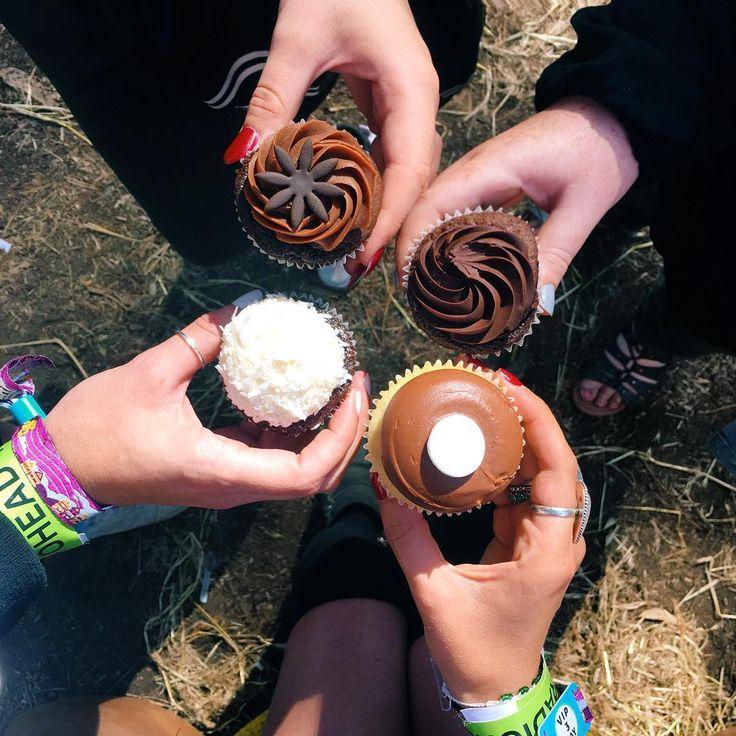 Happy National Friendship day! #nationalfriendshipday #chocolands #outsidelands2016 #ardenerocks
