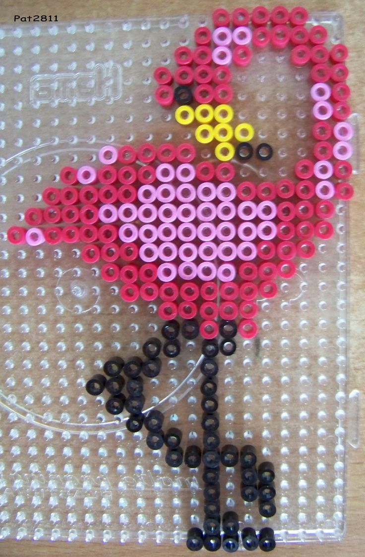 Flamingo Bügelperlen hama perler beads But ofcourse you could also cross stitch this