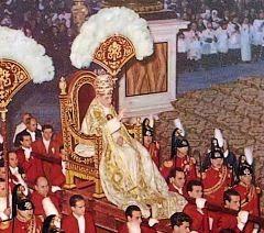 Pio XII: a Idade Média foi uma era de admirável devoção a Nossa Senhora - Prof.Altair Aguilar
