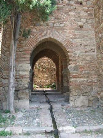 Alcazaba gate