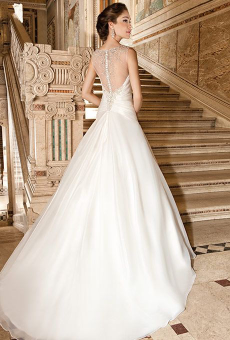 Gowns Brides Of California Features 19