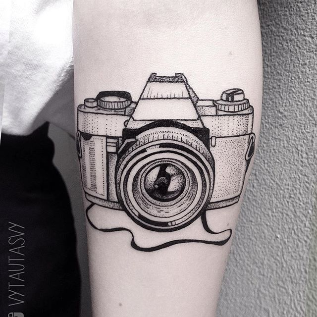 Эскизы тату фотоаппарата на кисти