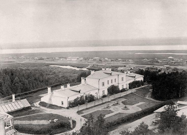 Оранжереи бот сада,  лето 1897г