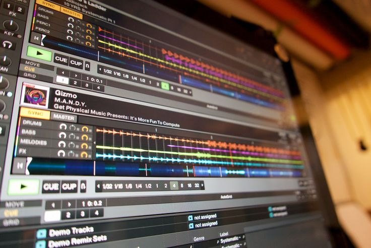 Traktor Pro 2.10.1: Stems for all... well more DJs anyway - http://djworx.com/traktor-pro-2-10-1-stems-well-djs-anyway/