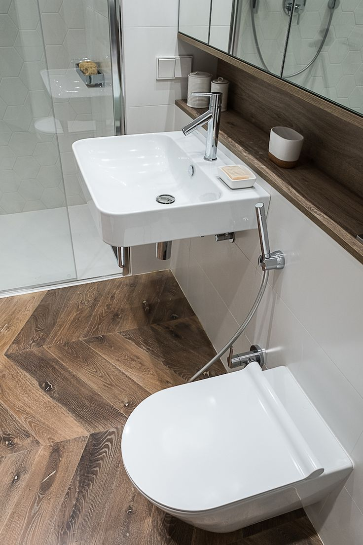 Łazienka #bathroom #łazienka #inetriors #wood #mirror #showerdesign #tryc #JacekTryc #architect #warszawa #beauty