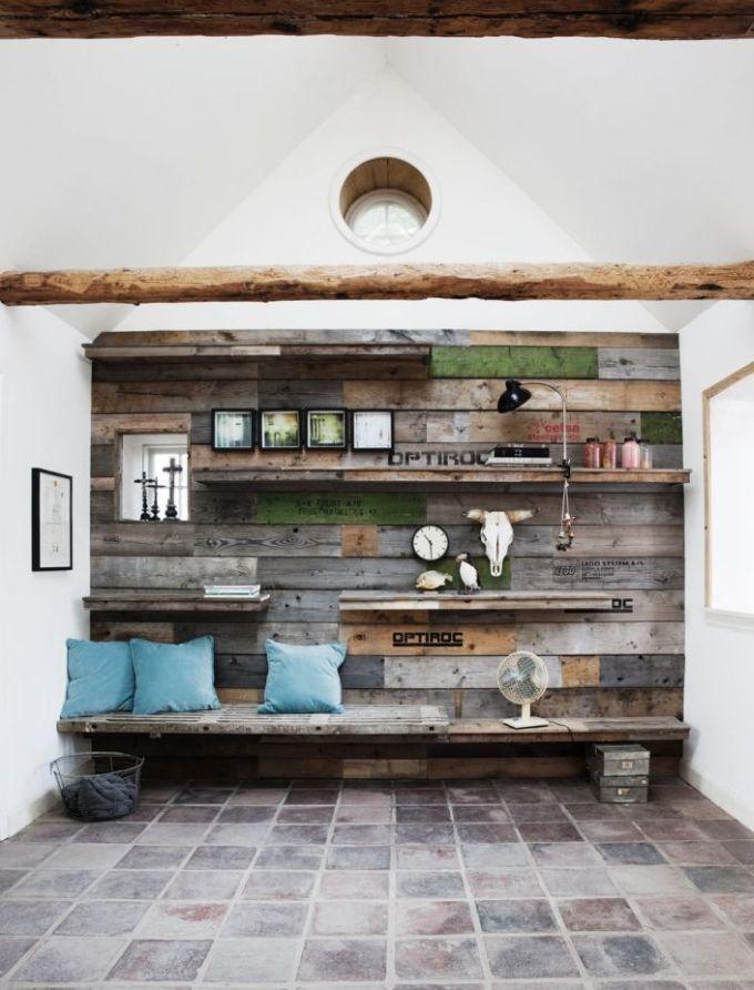 DIY – super skøn væg af genbrugstræ