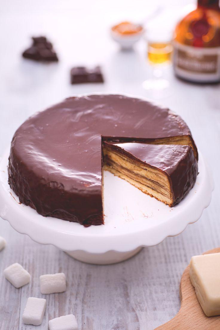 Baumkuchen: un tipico dolce tedesco avvolto in una golosa copertura di cioccolato che vi conquisterà strato dopo strato!