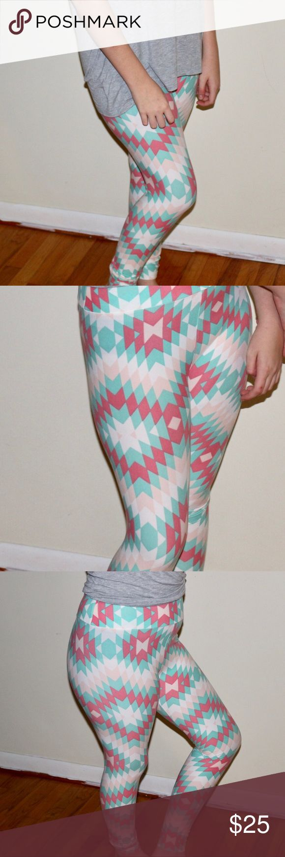 LuLa Roe leggings One size Lula roe leggings LuLaRoe Pants Leggings