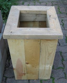 how to build a planter box out of pallets