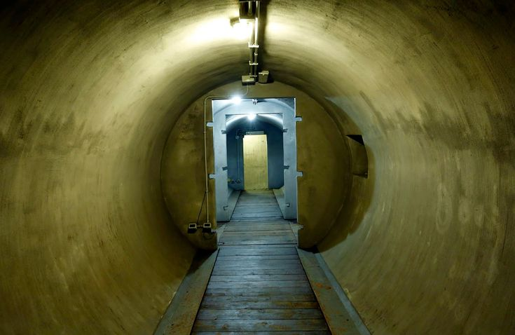 AMAZING! Mussolini's Secret Bunker From WWII Now Open to the Public - https://www.thevintagenews.com/2015/07/22/mussolinis-secret-bunker-from-wwii-now-open-to-the-public/