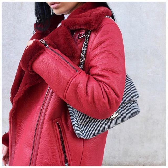 Ravishingly red  #ootd #red #outfitoftheday #prettylittleiiinspo #stylegoals #ootdmagazine #chanel #chanelbag #clossfashion #fashionblogger #styleblogger #bloggerlife