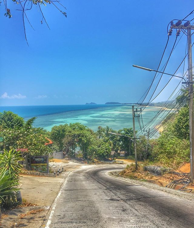 Streets in #kohphangan #thailand_allshots #thailandinstagram #travel #travelblog #travelblogger #travelling #travelgram #asia #backpacker #backpacking #holiday #holidays #wanderlust #wanderer #sunshine #beautifuldestinations #amazingthailand #wanderlust #instatravel #pictureoftheday #instapic #instaphoto #igtravel #ocean #travel #tourism #travelgram #popular #trending #micefx