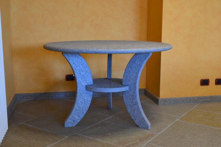 Tavolo in pietra di luserna
