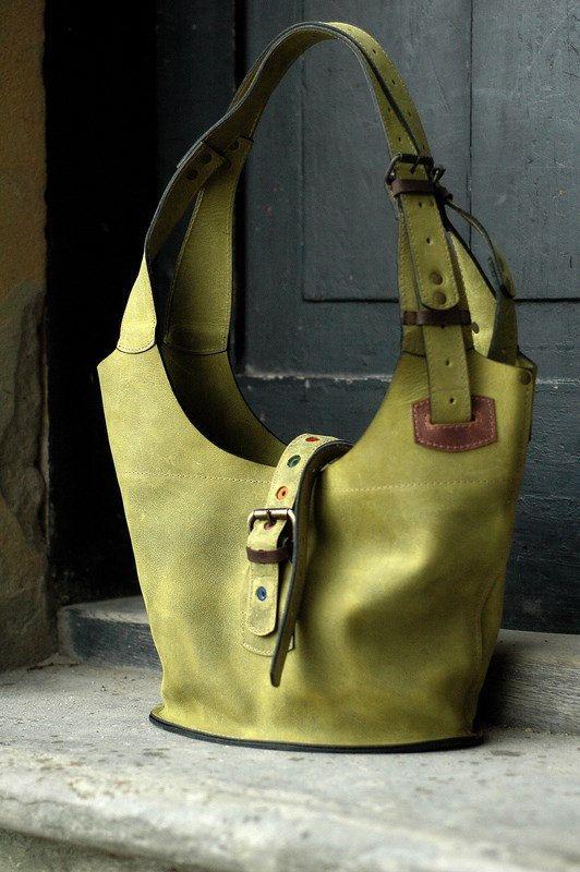 Green leather crossbody/shoulder zippered bag handmade by ladybuq