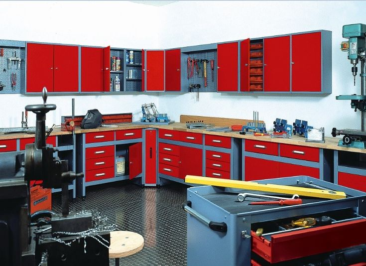 97 best images about garage on pinterest garage for Garage recherche apprenti mecanicien