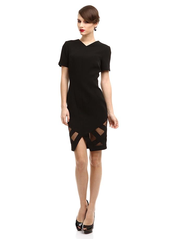 Museum of Fine Clothing Elbise Markafoni'de 1195,00 TL yerine 394,99 TL! Satın almak için: http://www.markafoni.com/product/3636614/