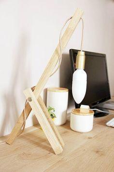 by Tete d'ange // luminaire fait maison Pourrait faire une lampe de bureau assez sympa avec un bocal ou une boite de conserve percée en abat-jour