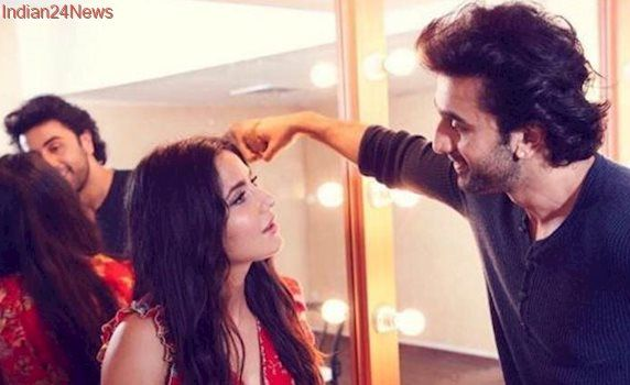Jagga Jasoos: Ranbir Kapoor and Katrina Kaif are lost into a deep conversation. What are they discussing? See photos