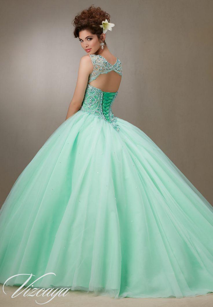 41 best images about Quinceañera dresses on Pinterest | Xv dresses ...